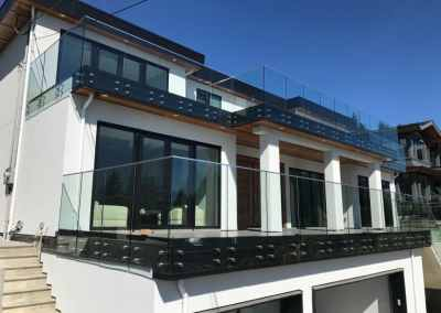 glass-deck-and-patio-railing-vancouver