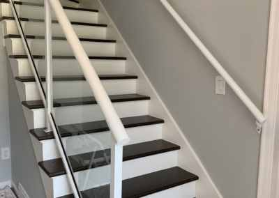framed-glass-staircase-railing-burnaby